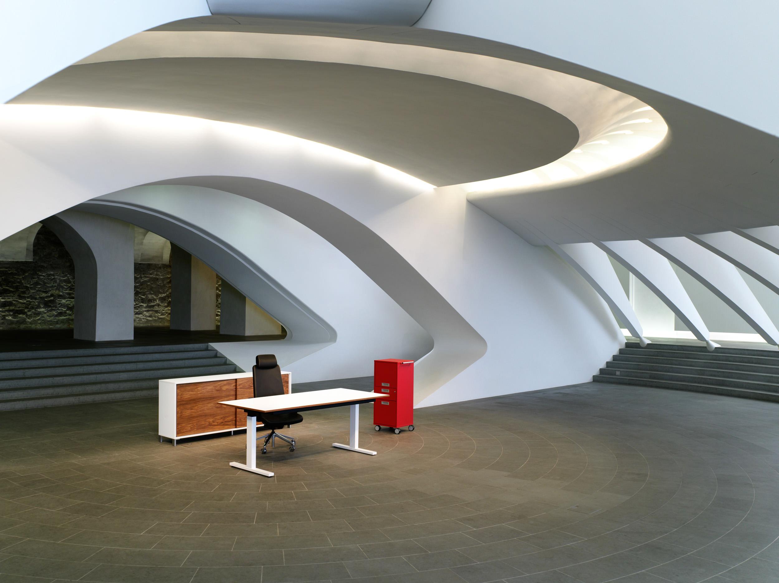 Leistungen zurbuchen ag amlikon objekt raum design for Kleiner konferenztisch